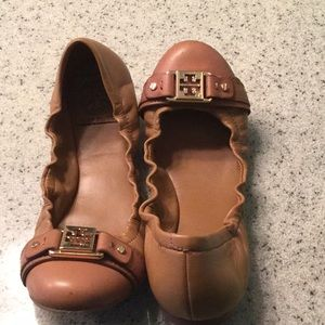 Tory Burch flats, EUC, tan with buckle